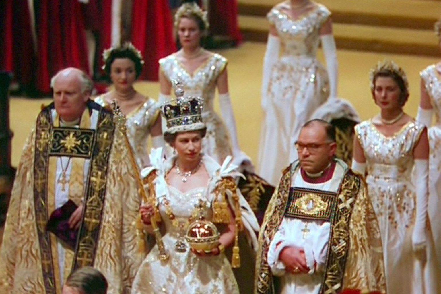 Photo of Коронация Елизаветы II: интересные факты о торжественной церемонии
