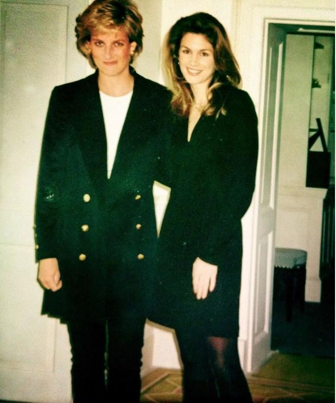 Принцесса Диана и Синди Кроуфорд в Кенсингтонском дворце