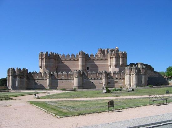 замок Тордесильяс