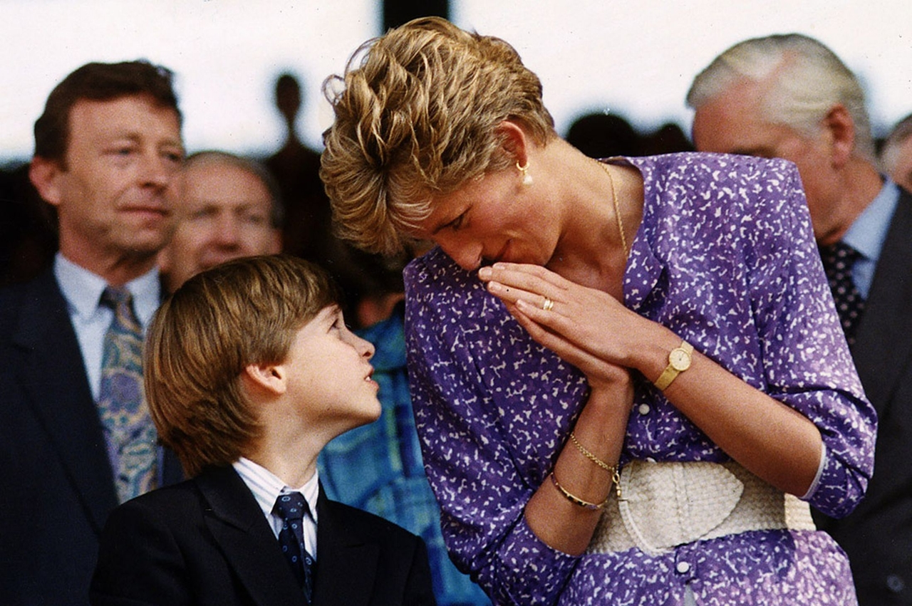 Что сказал принц Уильям принцессе Диане после того, как она лишилась титула