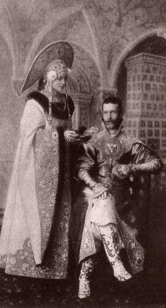 Великий князь Сергей Александрович (сын Александра II) и его супруга Елизавета Фёдоровна (родная сестра императрицы Александры Фёдоровны)