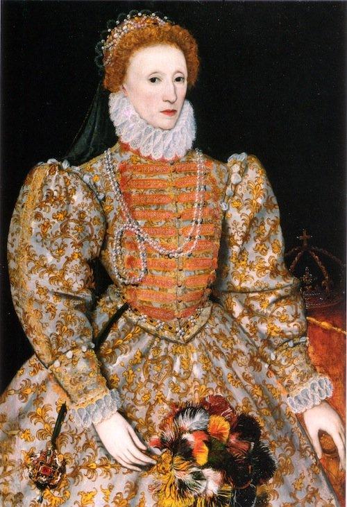 Был ли гардероб Элизабет выбран в соответствии с ее мужественной фигурой?