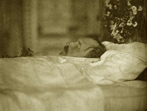 Посмертная фотография принца Альберта в 1861 году