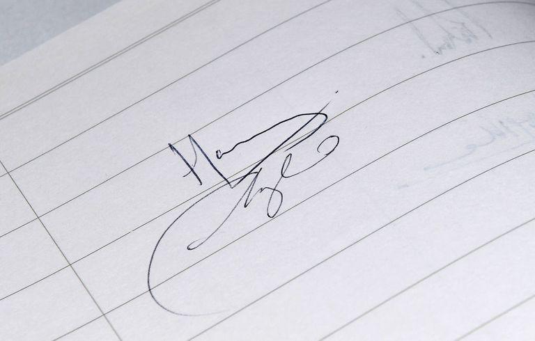 подписи принца Гарри и Меган Маркл