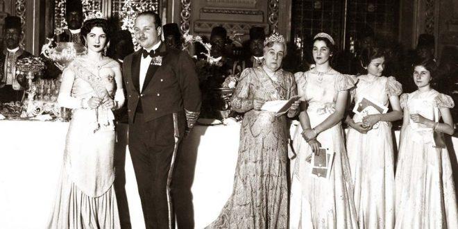Королева Египта Фарида, король Фарук, принцесса Нимет Мохтар (сестра короля Фуада I), принцесса Фаиза, принцесса Фаика, принцесса Фатия)(1940г)