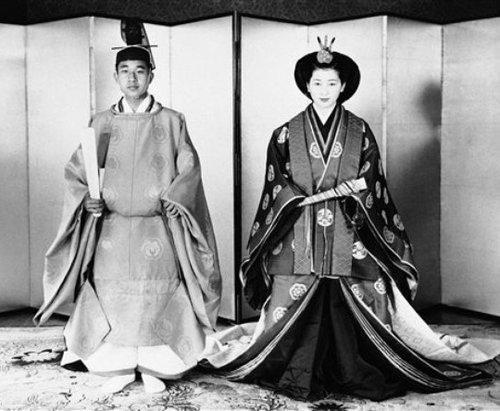 Свадебное фото в национальной одежде, 1959 г