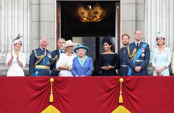 Королевская семья принесет в миллионы фунтов для Британской экономики (фото: Гетти картинки)