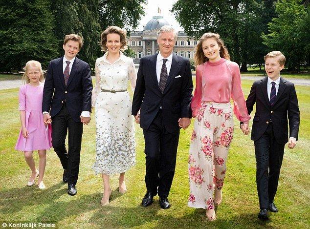 Принцесса Элеонор, Принц Гавриил, Королева Матильда, Король Филипп, Принцесса Элизабет и Принц Эммануэль