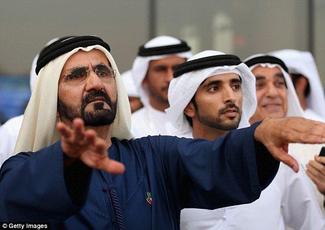 Она бежала из богатой страны Ближнего Востока и контролировала лапы своего отца-правителя Дубая Шейха Мохаммеда бин Рашида Аль-Мактума (на фото)