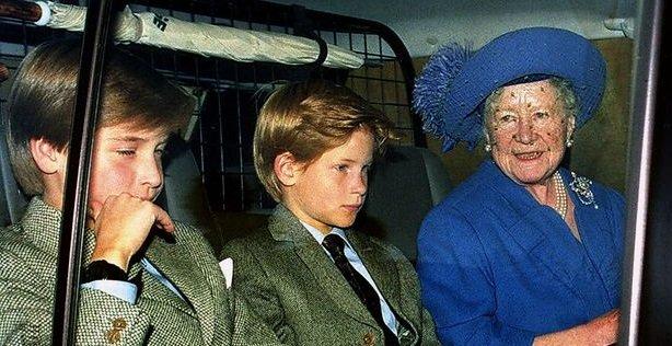 Королева-мать с принцами Уильмом и Гарри