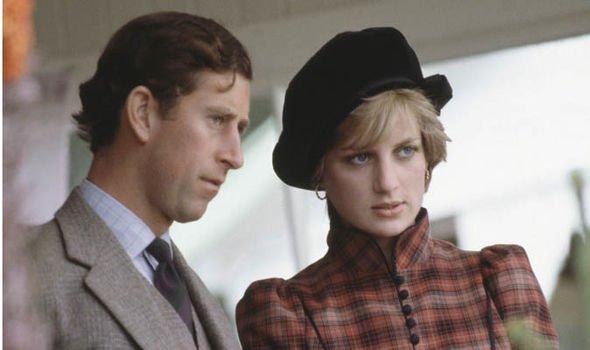 Принц Чарльз думал, что он может относиться к принцессе Диане как к игрушке