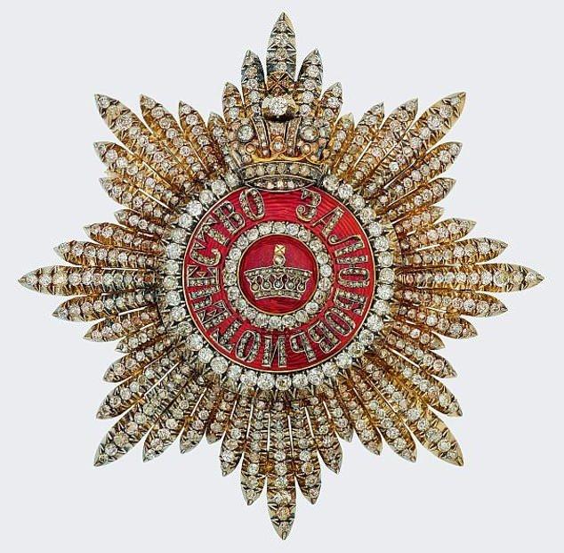 Орден, дарованный королеве Марии Николаем II и Александрой в 1909 году.