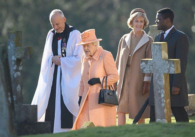 Графиня сопровождала королеву в церковь в воскресенье