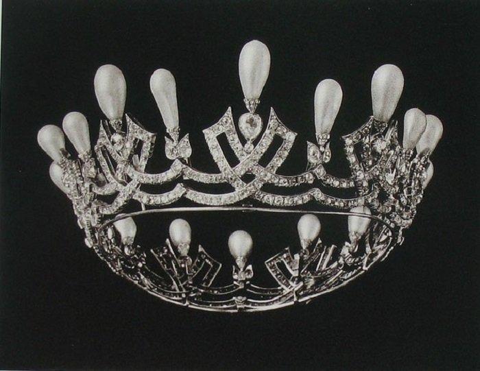 Диадема из парюры императрицы Марии Федоровны