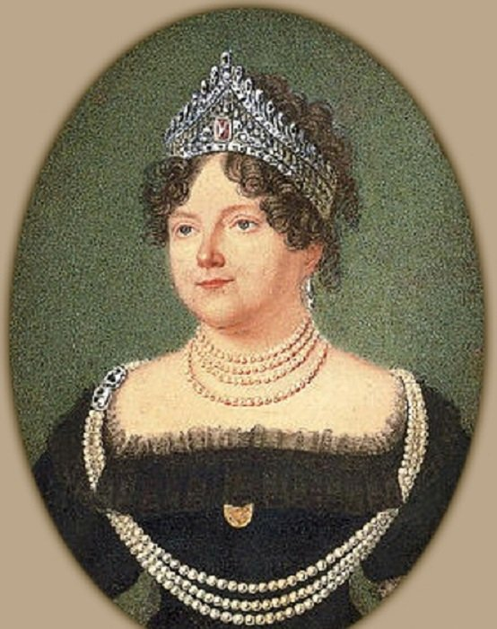 Мария Федоровна в диадеме с розовым бриллиантом