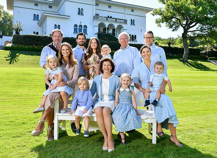 Photo of Почему пять внуков короля Швеции лишены своих титулов