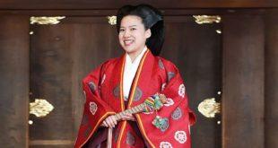 Принцесса Японии Аяко родила ребенка от мужа-простолюдина