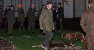 Датская королевская семья вызвала возмущение зоозащитников