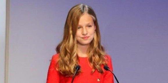 Photo of Принцесса Леонор выступила с речью на каталонском языке на фоне политического конфликта