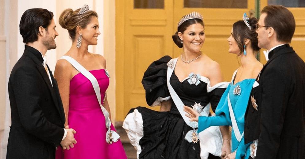 Photo of Королевские семьи Норвегии и Швеции чествуют нобелевских лауреатов