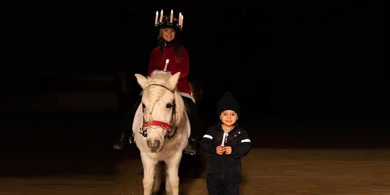 Photo of Дети кронпринцессы Виктории отпраздновали День Святой Люсии
