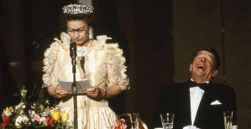 Photo of История, которой никогда не было, но королева любит о ней рассказывать
