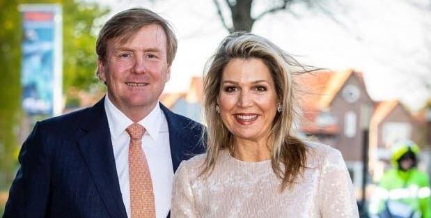 Photo of Рождественская открытка королевской семьи Нидерландов