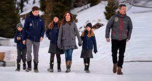 Снова в школу: принц и принцесса Дании отправили детей учиться в Швейцарию