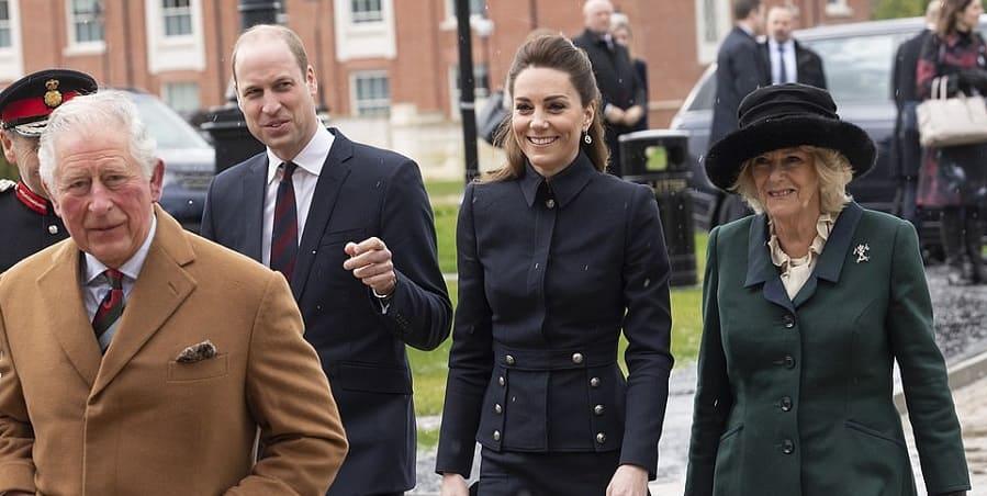Photo of Члены королевской семьи посещают новый военно-медицинский реабилитационный центр в Лафборо