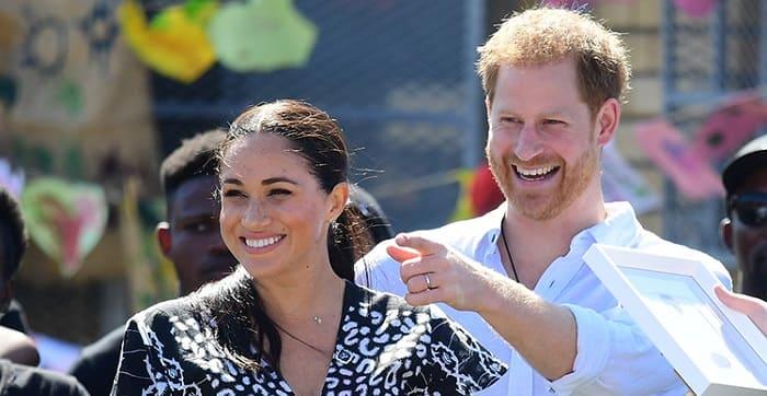 """Photo of """"У принца новая работа"""": в сети шутят над серией видеороликов с участием Гарри и Меган Маркл"""