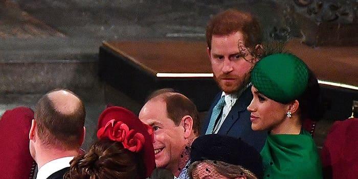 Photo of Коронавирус изменил королевский протокол, но только не для принца Гарри и Меган Маркл: видео