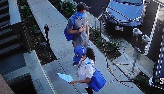 Photo of Гарри и Меган развозят еду в Лос-Анжелесе