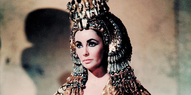 Photo of Странные секреты красоты известных королев, цариц и императриц