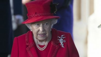 Photo of Британская королева несет миллионные убытки