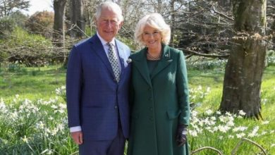 Photo of Принц Чарльз и Камилла совершили первый официальный визит с начала карантина