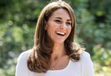 Photo of Герцогиня Кембриджская посетила лондонский парк для встречи с родителями