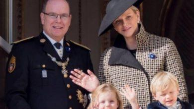 Photo of Князь и княгиня Монако порадовали публику выходом в свет вместе с 5-летними близнецами